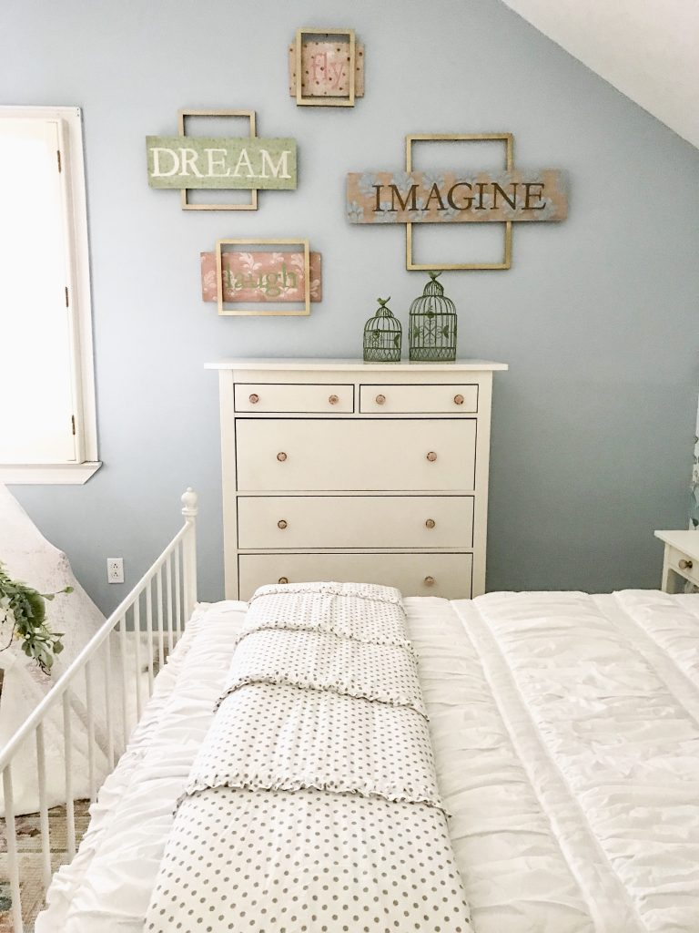 little girl bed sideview