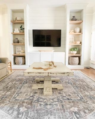 Not sure I'll ever get tired of this view. This Friday night calls for pizza and movie night with my favorites. What are you up?  I shared all the details on my living room rug on the blog so head over to my Stories or link in profile to check it out!  #modernfarmhouse #farmhousestyle #interior123 #bhghome #antiquefarmhouse #homedecor #shiplap #farmhouseinspired #farmhousedecor #magnoliahome #neutraldecor #americanfarmhousestyle #prettylittleinteriors #fixerupper #countrylivingmagazine #mydecorvibe #currentdesignsituation #betterhomesandgardens #ltkhome #moody_tones