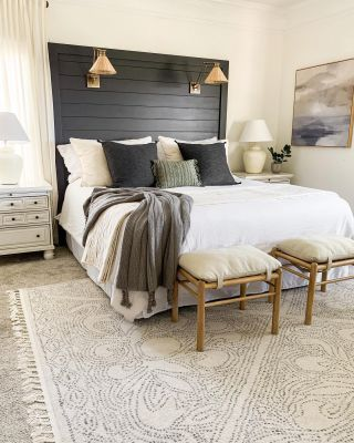 Huge flash sale on my master bedroom rug so I had to share! Today, my rug is 70% off using code LMTD70!! Amazing deal and all sizes are available. Check out my Stories for the link!!   #modernfarmhouse #farmhousestyle #interior123 #bhghome #antiquefarmhouse #homedecor #shiplap #farmhouseinspired #farmhousedecor #magnoliahome #neutraldecor #americanfarmhousestyle #prettylittleinteriors #fixerupper #countrylivingmagazine #mydecorvibe #currentdesignsituation #betterhomesandgardens #ltkhome #moody_tones