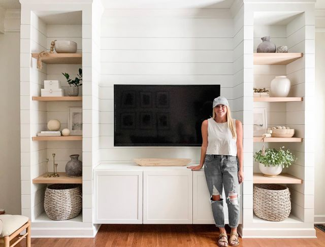 Don't mind my wrinkled shirt and oversized jeans. Just popping in to say hi🤗  I restyled my shelves today and was reminded that this view has changed so much over the past year. (swipe left) This space went from worst to first in my eyes, and I shared the entire makeover on the blog. Check out my Stories for the link!   #bhghome #shiplap #modernfarmhouse #farmhousestyle #interiors123 #homedecor #farmhouseinspired #farmhousedecor #neutraldecor #americanfarmhousestyle #prettylittleinteriors #fixerupper #countrylivingmagazine #mydecorvibe #currentdesignsituation #betterhomesandgardens #barndoor #diy #boutiquerugs